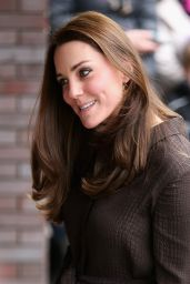 Kate Middleton Style - Visits The Fostering Network in London, January 2015