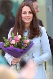Kate Middleton Style - Visits The Kensington Leisure Centre in London, January 2015