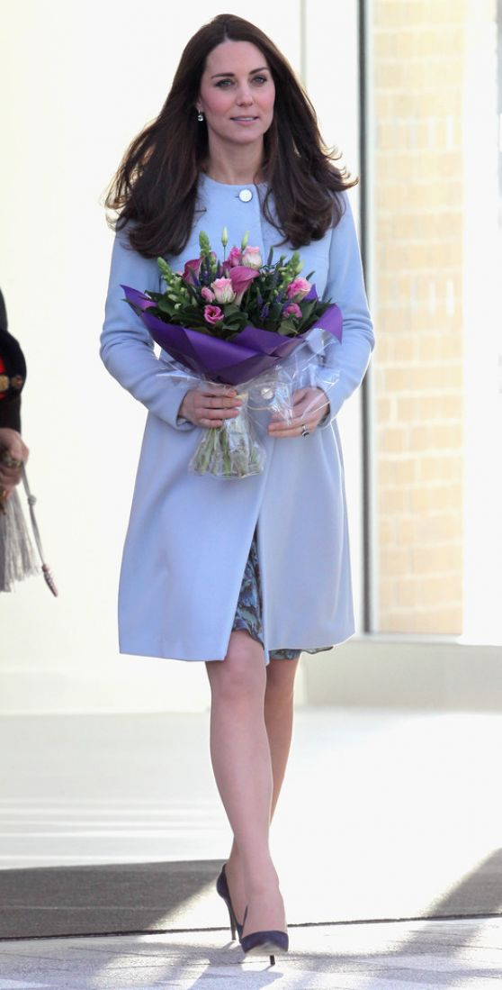 Kate Middleton Style Visits The Kensington Leisure Centre In London