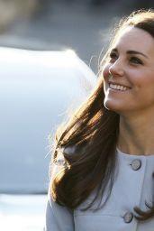 Kate Middleton – Visits The Kensington Leisure Centre in London, Part 2