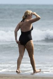 Kate Winslet in a Swimsuit at a Beach in Auckland, December 2014