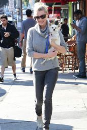 Katherine Heigl Street Style - Out in Los Angeles - January 2015