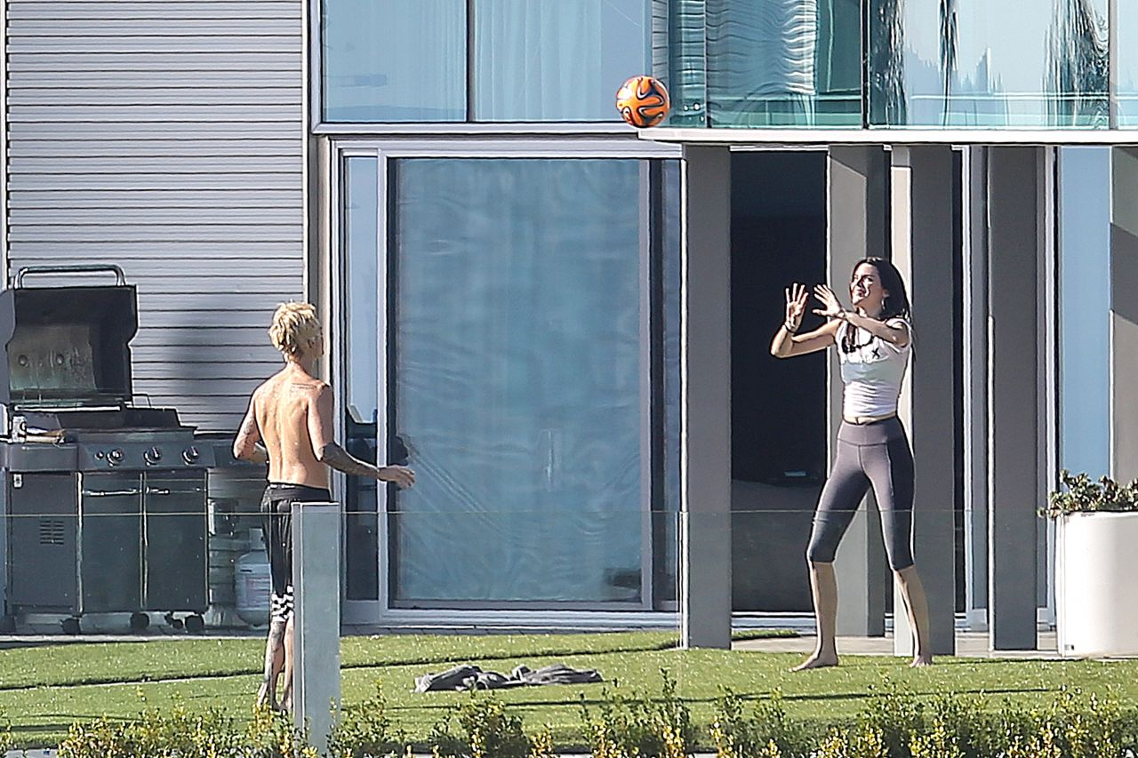 Kendall Jenner in Tights - Playing Volleyball in the