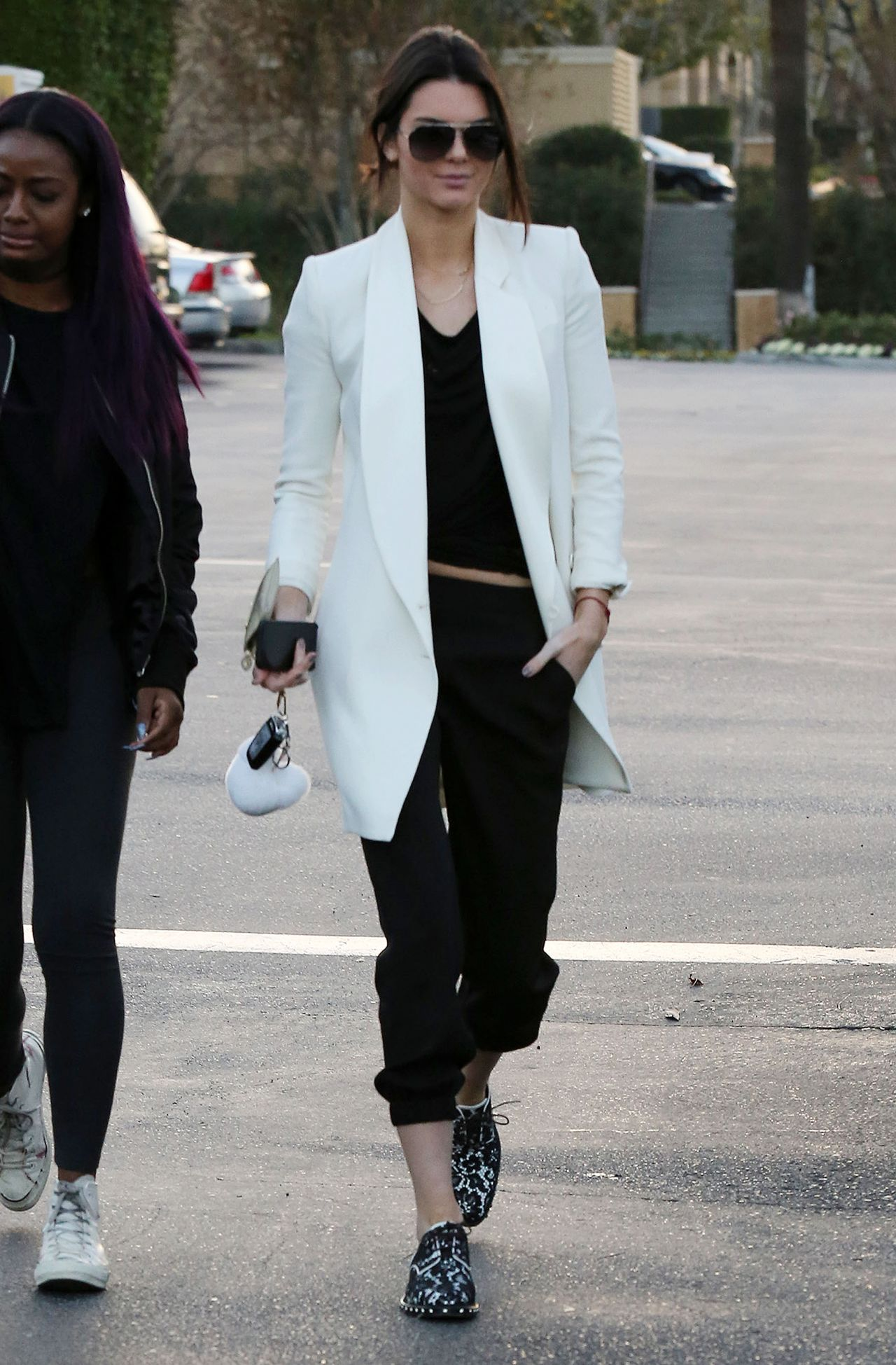 Kendall Jenner Street Style Leaving Sugarfish Sushi In Calabasas January 2015