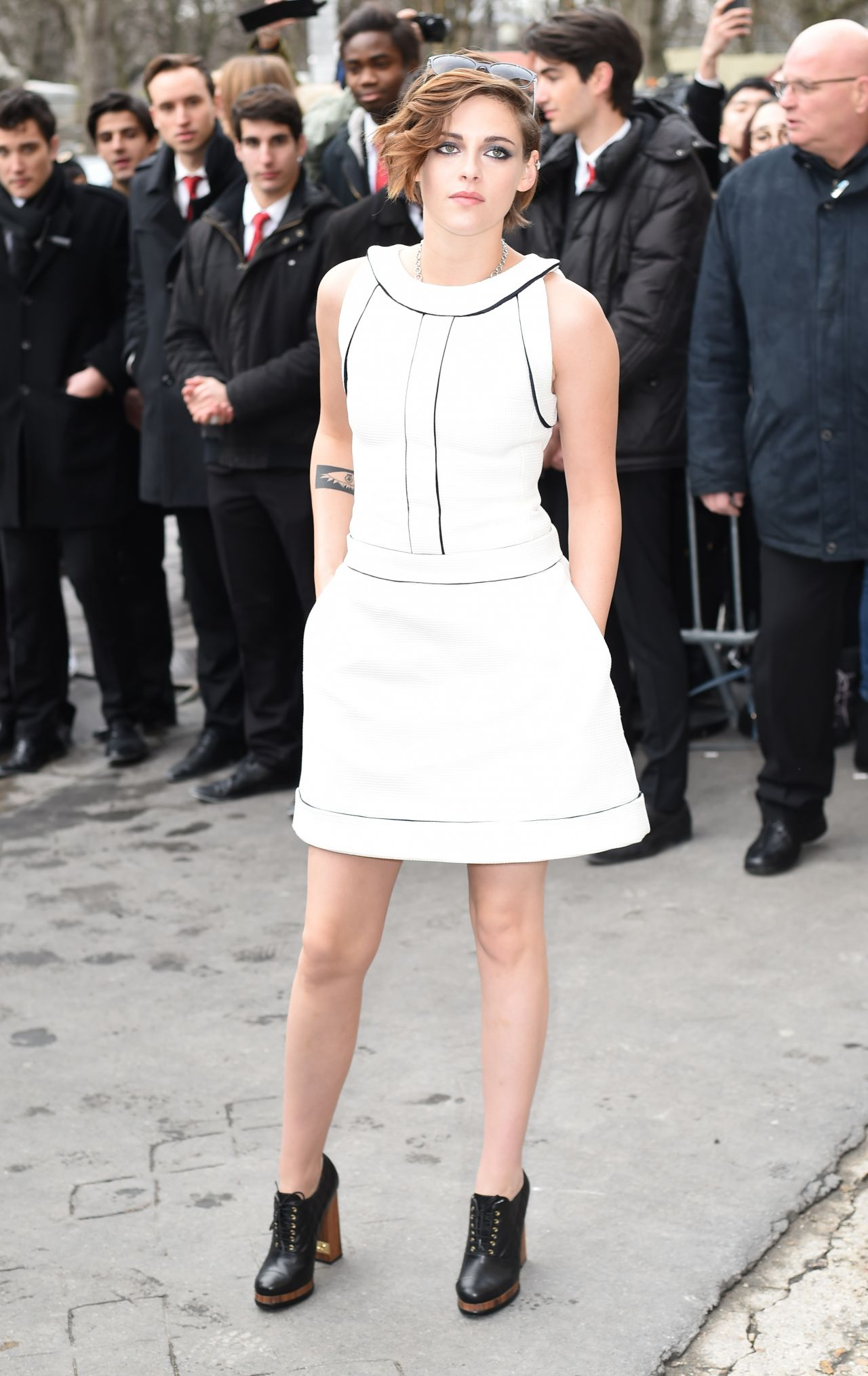 Kristen Stewart Chanel Spring Summer 2015 Fashion Show In Paris