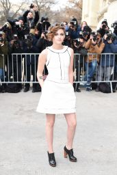 Kristen Stewart - Chanel Spring-Summer 2015 Fashion Show in Paris