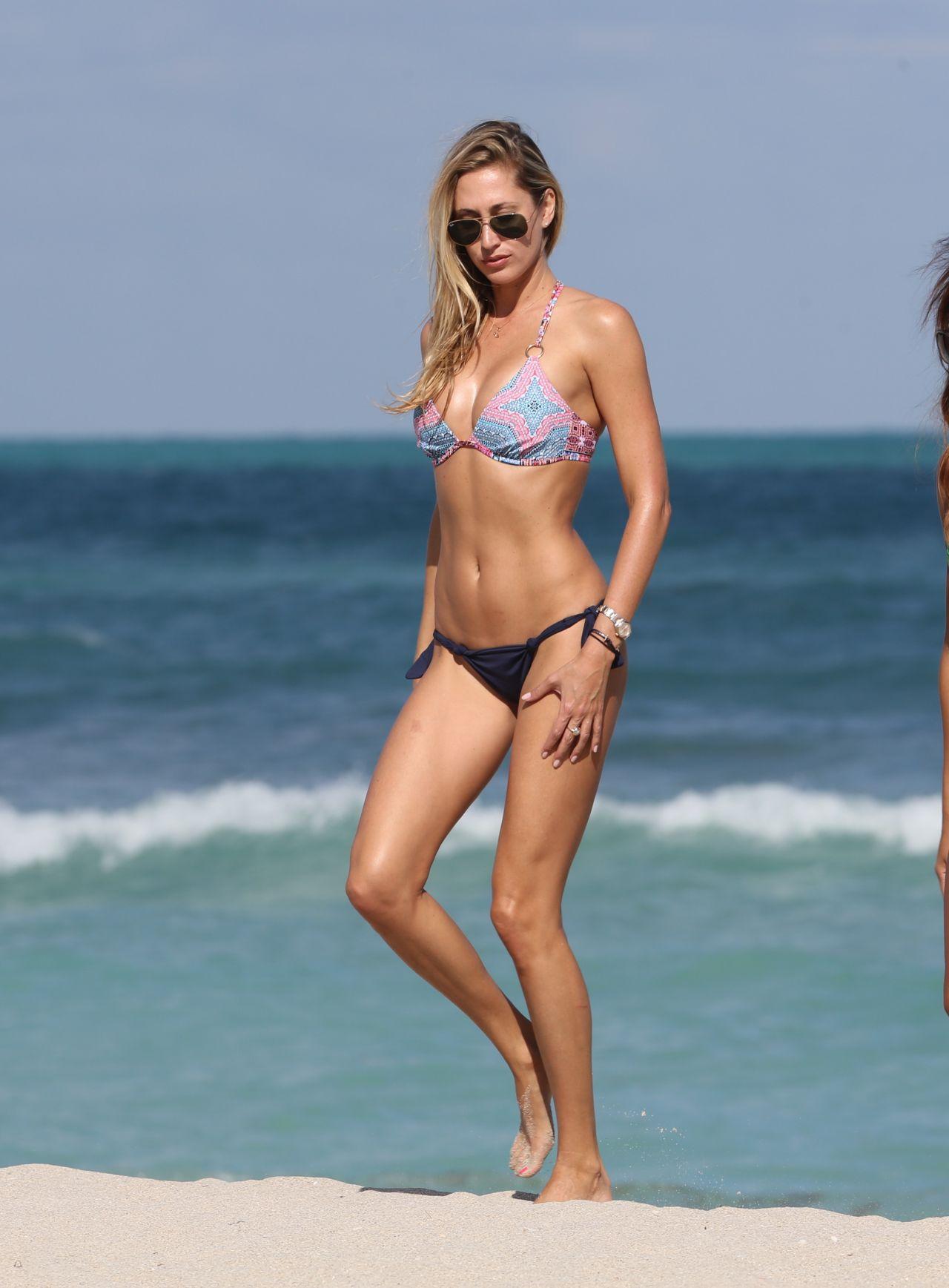 Paparazzi Lauren Stoner nudes (59 photo), Pussy, Hot, Boobs, legs 2020