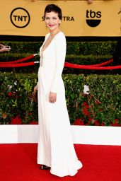 Maggie Gyllenhaal – 2015 SAG Awards in Los Angeles