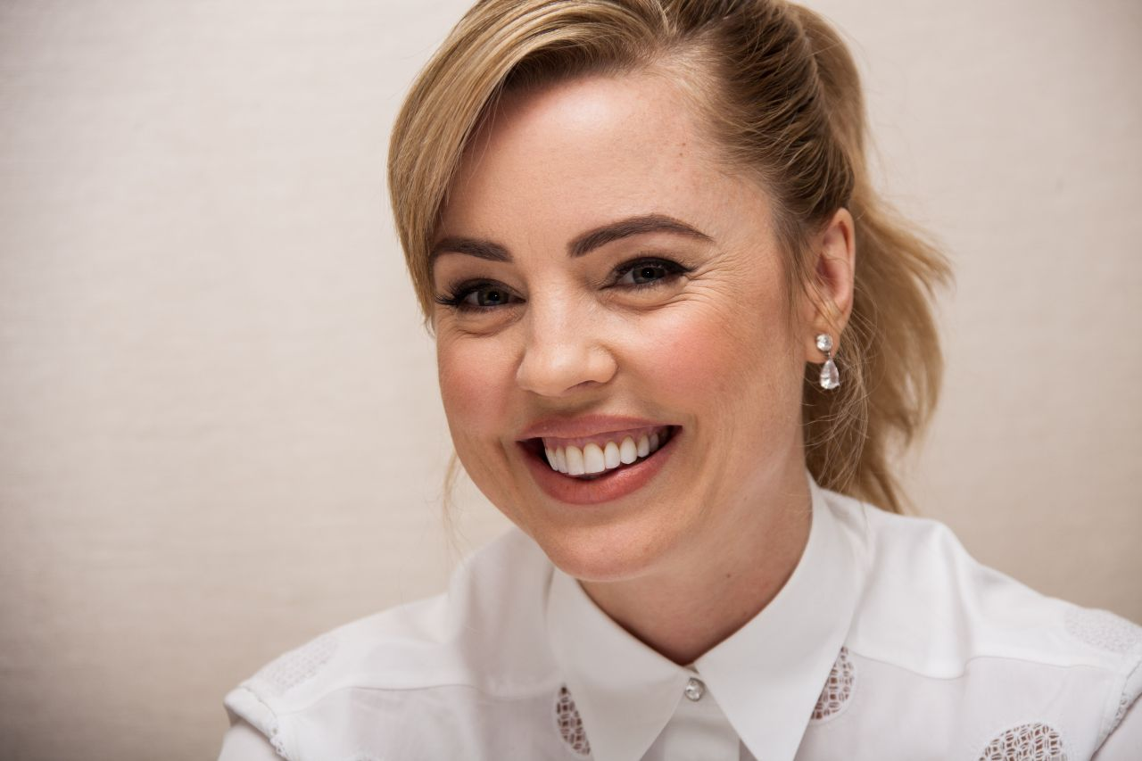 Melissa George The Slap Press Conference Portraits Los Angeles January 2015