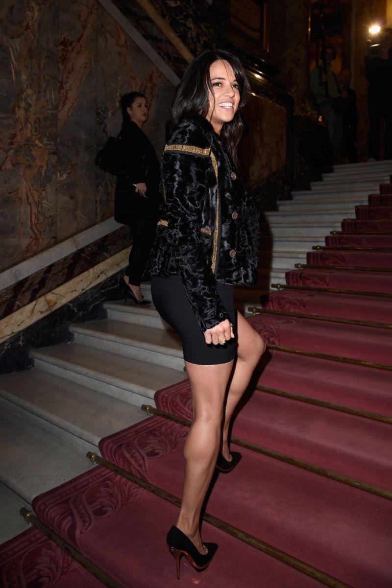 Michelle Rodriguez Atelier Versace Spring Summer 2015
