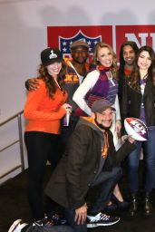 Miranda Cosgrove - Super Bowl XLIX NFL Shop Grand Opening in Phoenix