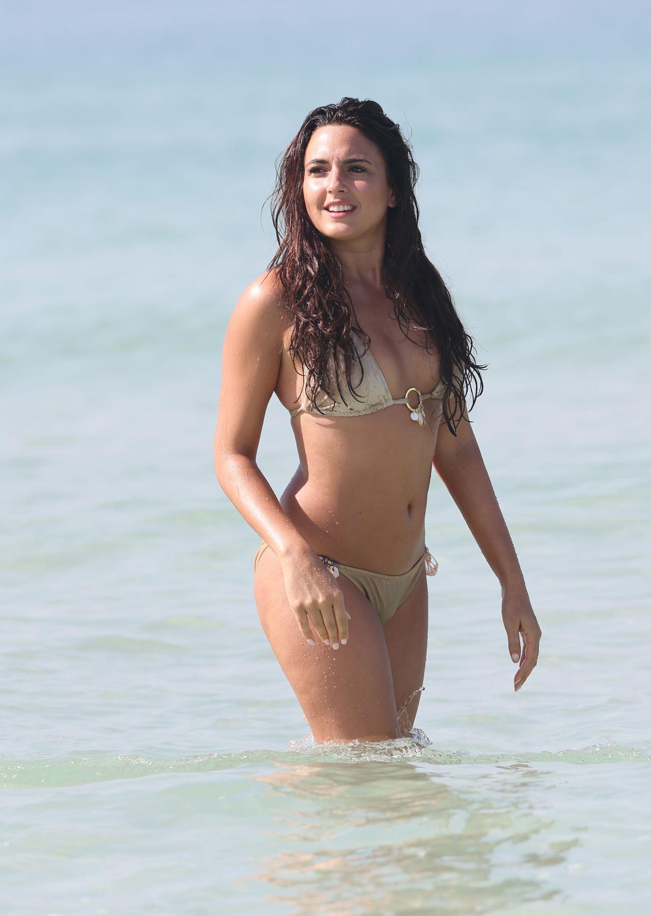 Nadia Forde Bikini Pics Dubai January 2015
