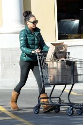 Naya Rivera Booty in Leggings - Grocery Shopping at Gelson