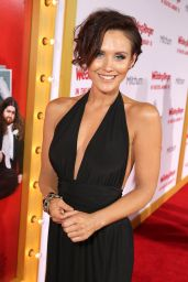 Nicky Whelan – 'The Wedding Ringer' Premiere in Hollywood