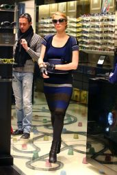 Paris Hilton Style - Out Shopping in Milan, January 2015