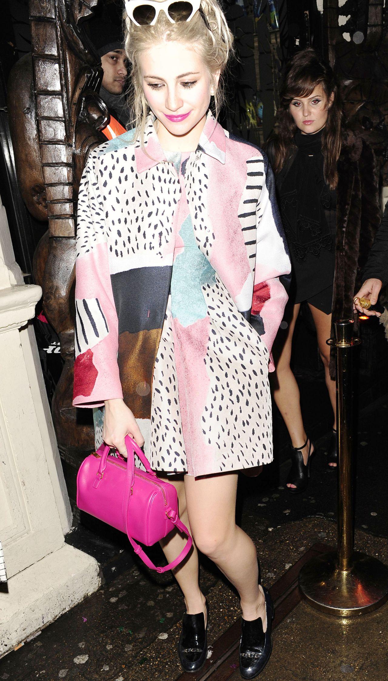 Pixie Lott Night Out Style - Arriving at Mahiki Nightclub in London - Jan. 2015
