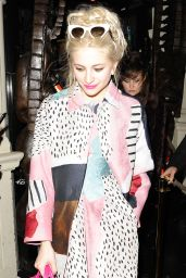Pixie Lott Night Out Style - Arriving at Mahiki Nightclub in London - Jan. 2015