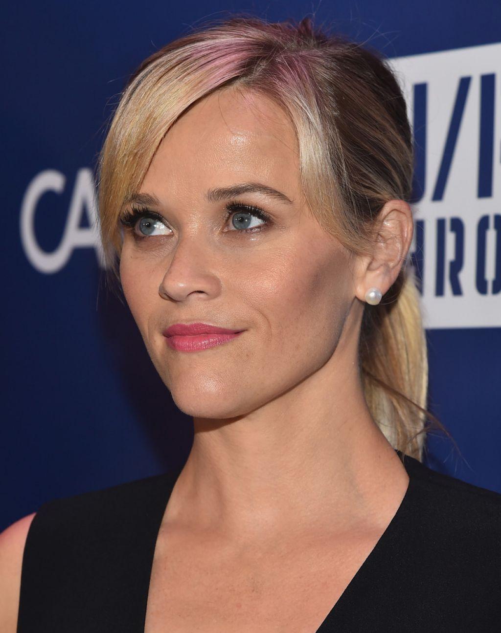 Reese Witherspoon - 2015 Sean Penn & Friends HELP HAITI ... Charlize Theron Sean Penn