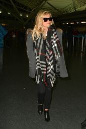 Reese Witherspoon - at JFK Airport in NYC, Jan. 2015