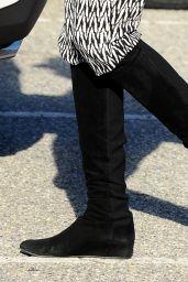 Rosario Dawson - Filming in Los Angeles, January 2015