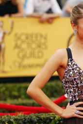 Sarah Hyland – 2015 SAG Awards in Los Angeles
