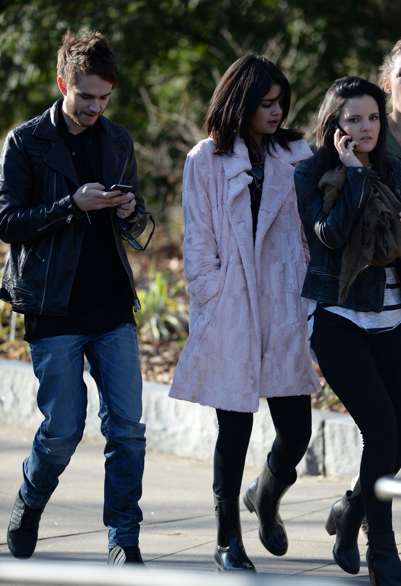 Selena Gomez Street Style Out In Atlanta January 2015