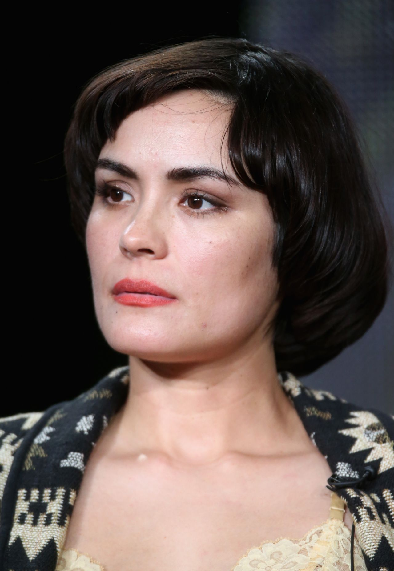Shannyn sossamon wayward pines panel tca press tour in