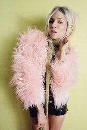Sienna Miller Photo - W Magazine February 2015 Issue