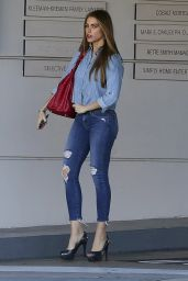 Sofia Vergara is Stylish - Pampered Herself With a Spa Day in Beverly Hills, January 2015