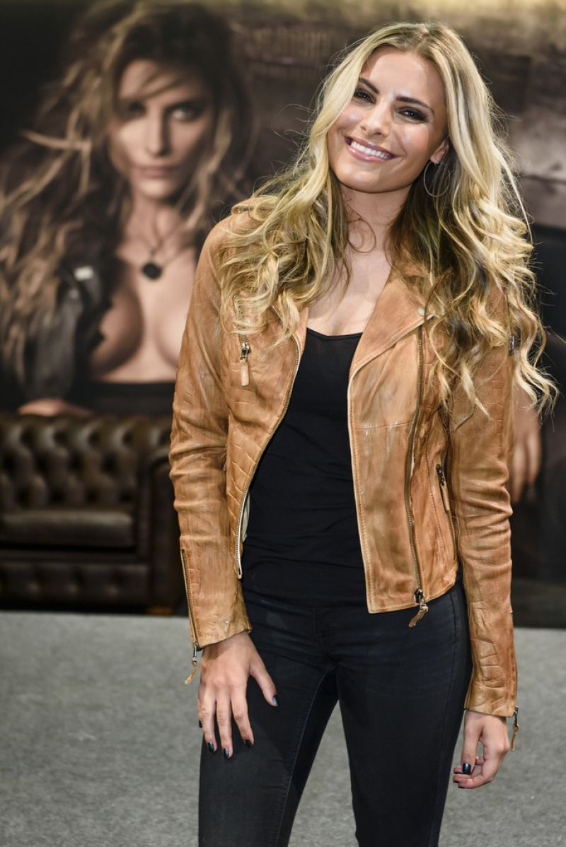 Sophia Thomalla - Panorama Fashion Fair Berlin, January 2015
