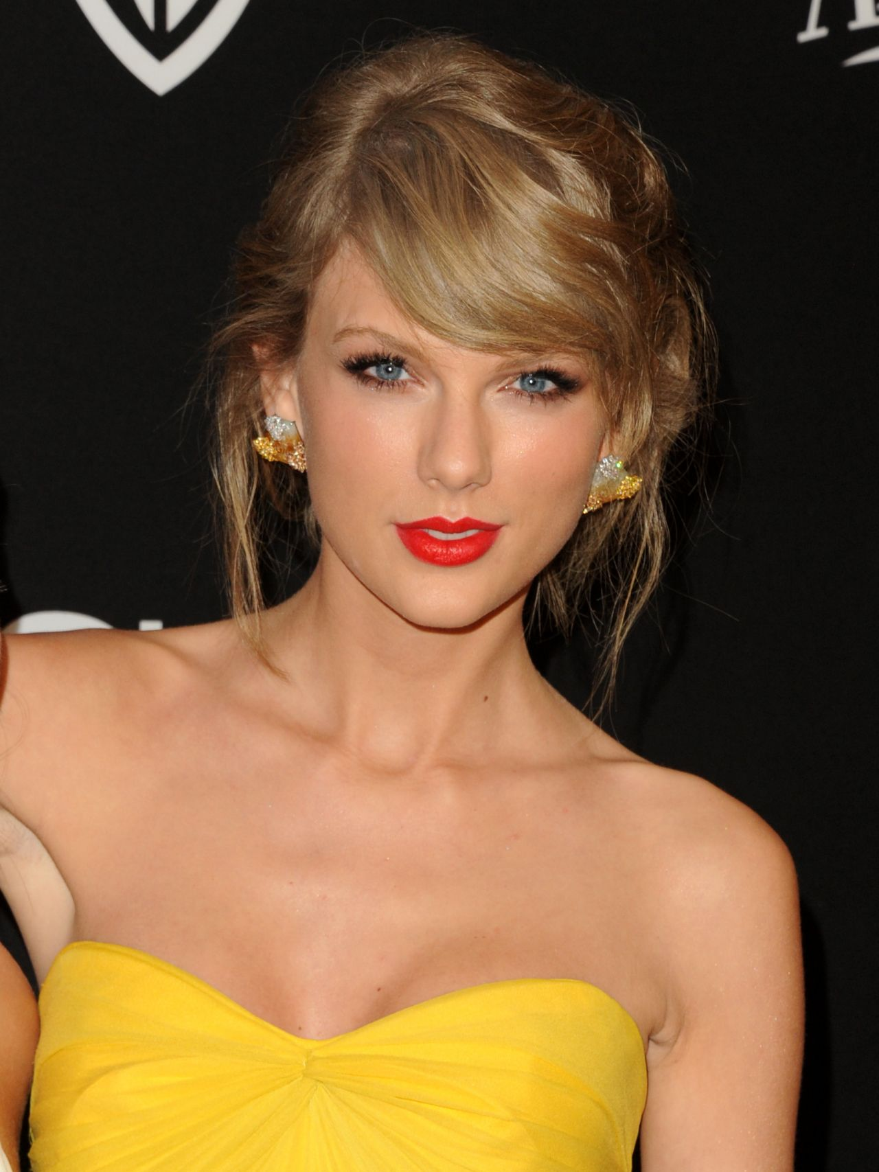 Taylor Swift - InStyle And Warner Bros. 2015 Golden Globe ... Taylor Swift
