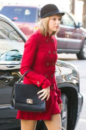 Taylor Swift Style - Out in New York City, January 2015