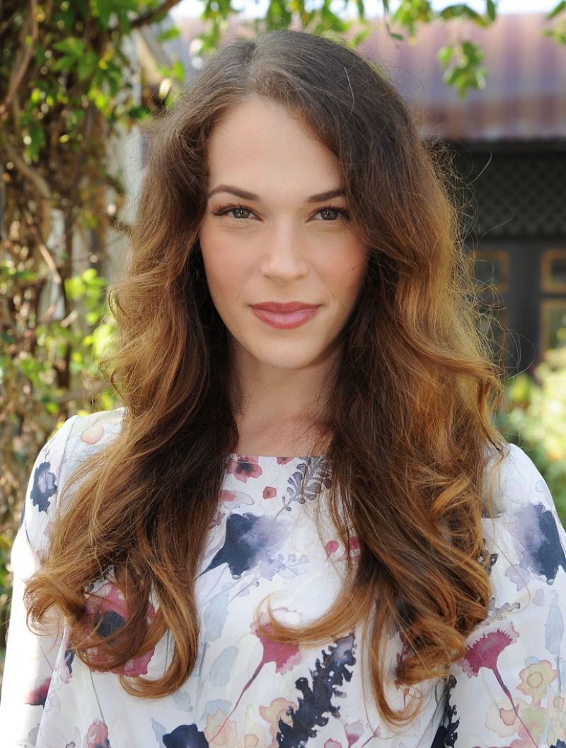 Amanda righetti maison de mode oscar 2015 week lunch in for Amanda family maison