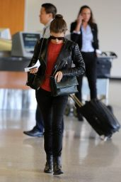 Anna Kendrick Street Style - LAX Airport, February 2015