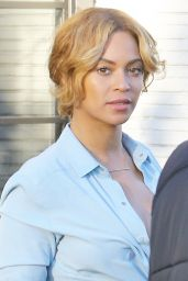Beyonce Street Style - Outside the Gracias Madre Restaurant in Los Angeles
