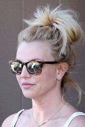 Britney Spears - Leaves a Dance Studio in Westlake Village, February 2015