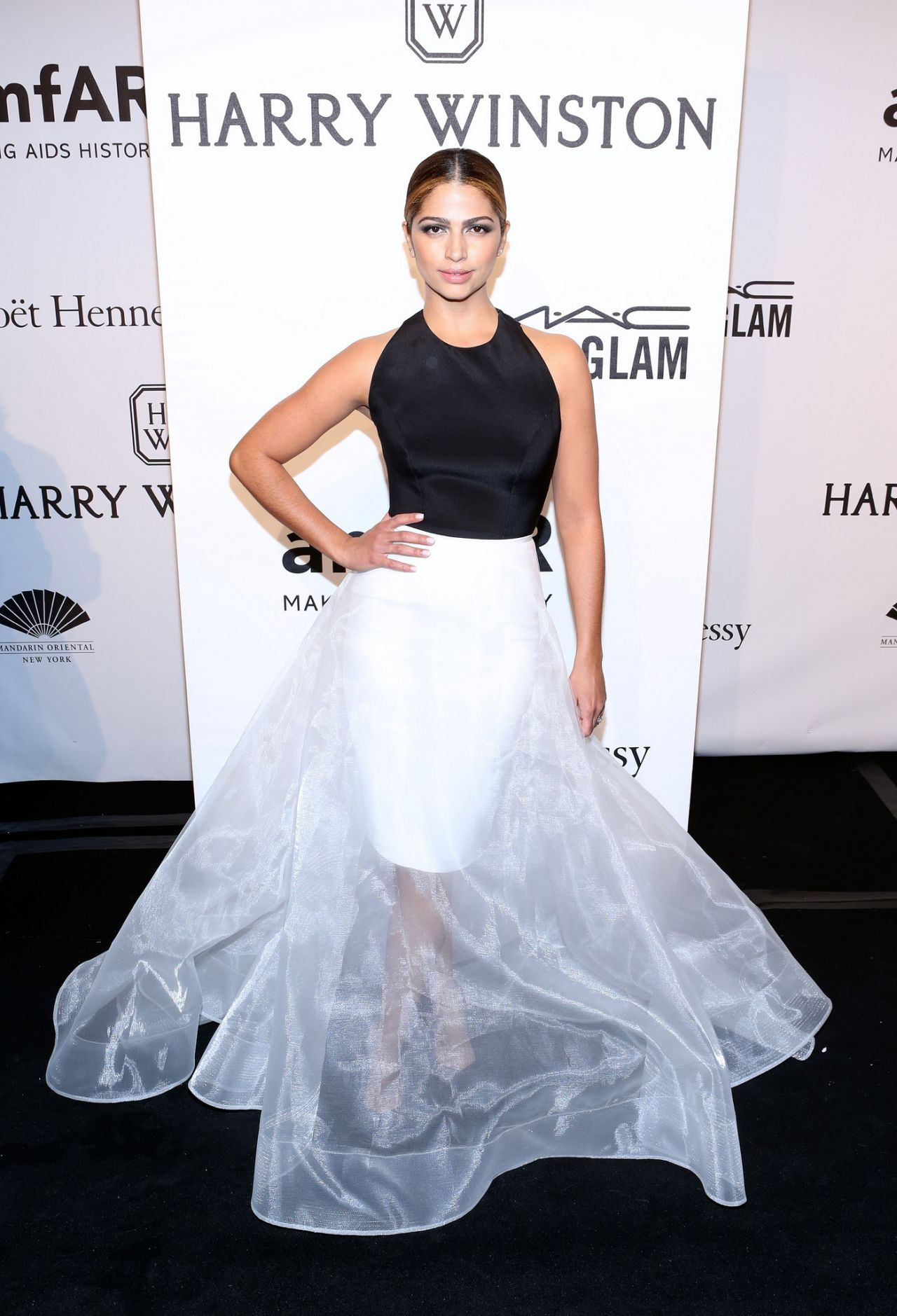 Camila Alves – 2015 amfAR New York Gala