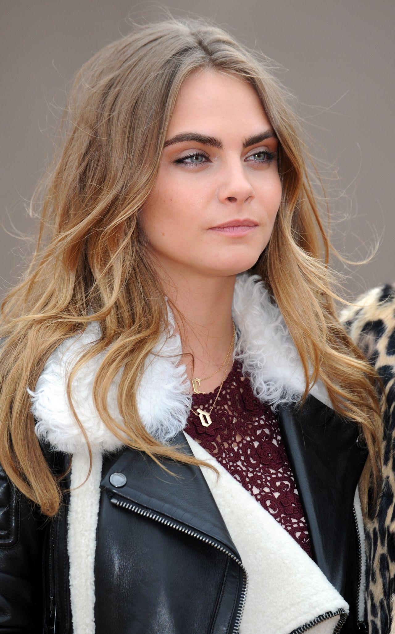 Cara Delevingne - 2015 Celebrity Photos