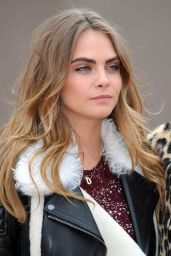 Cara Delevingne - Burberry Autumn-Winter 2014/2015 Show in London