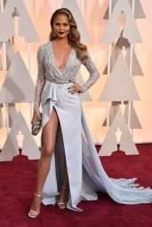 Chrissy Teigen – 2015 Oscars Red Carpet in Hollywood