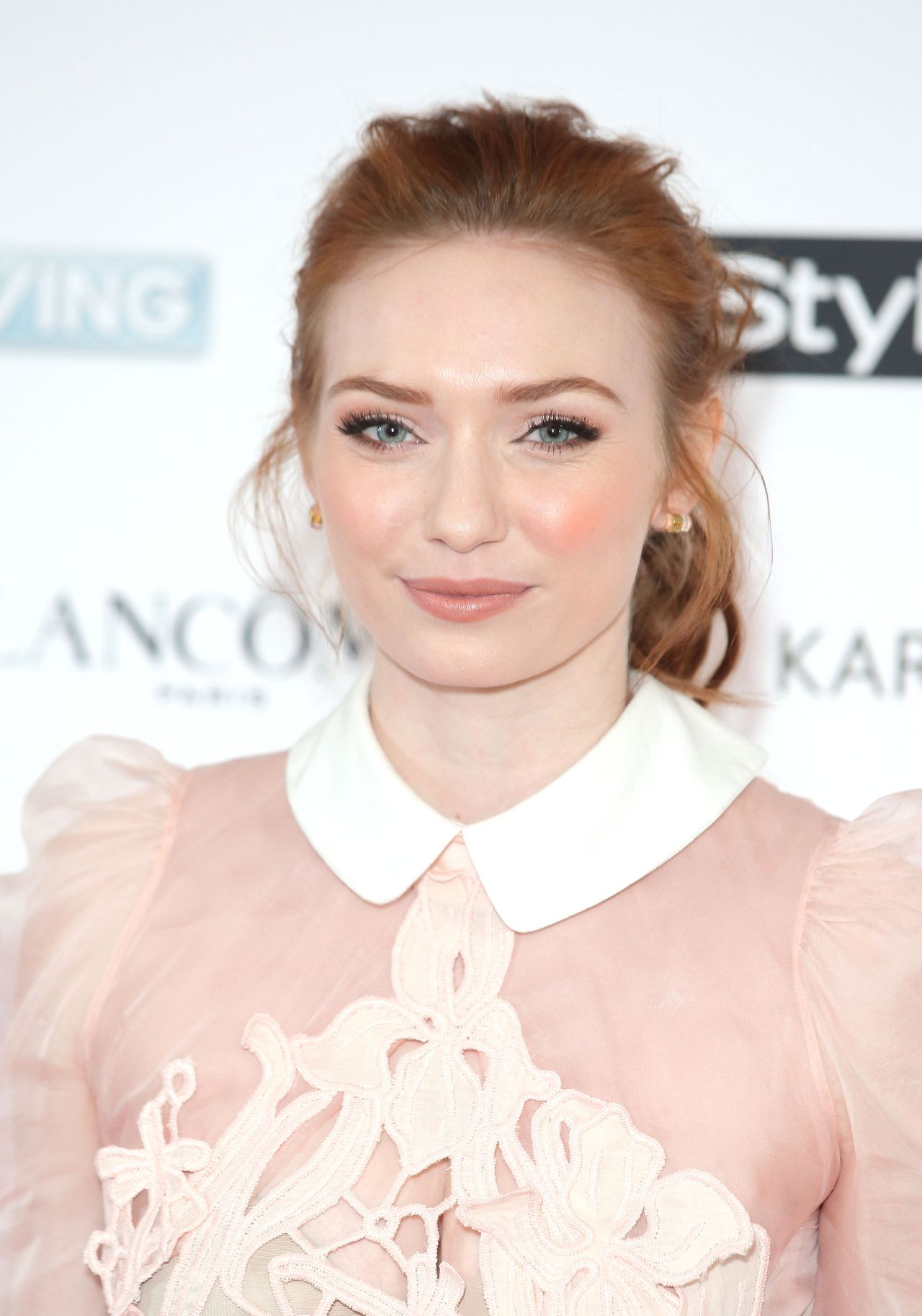 http://celebmafia.com/wp-content/uploads/2015/02/eleanor-tomlinson-ee-and-instyle-pre-bafta-2015-party-in-los-angeles_2.jpg