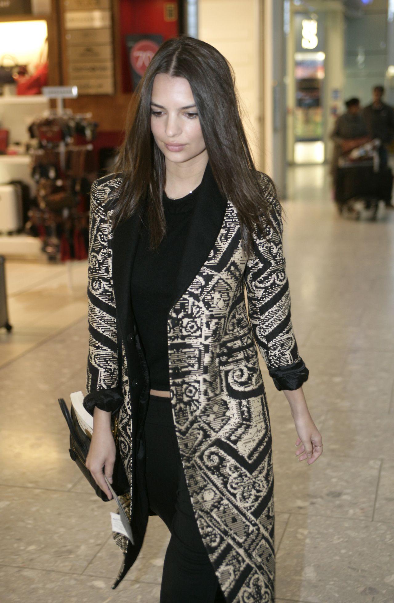 Emily Ratajkowski Style - at London