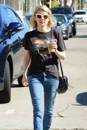 Emma Roberts - Gets Lunch at Cafe Alfred, February 2015