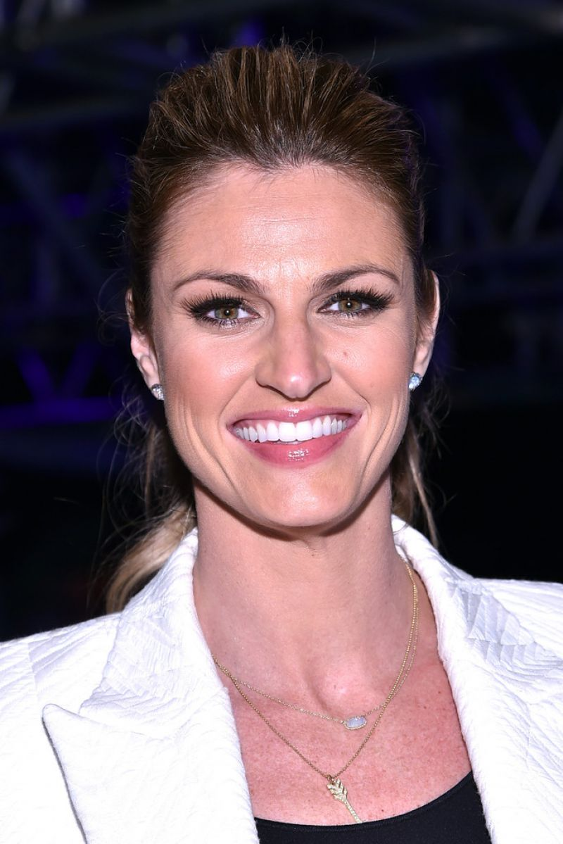 Erin Andrews - DirecTV Super Fan Festival in Glendale, January 2015