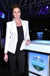 Erin Andrews - DirecTV Super Fan Festival in Glendale, January 2015