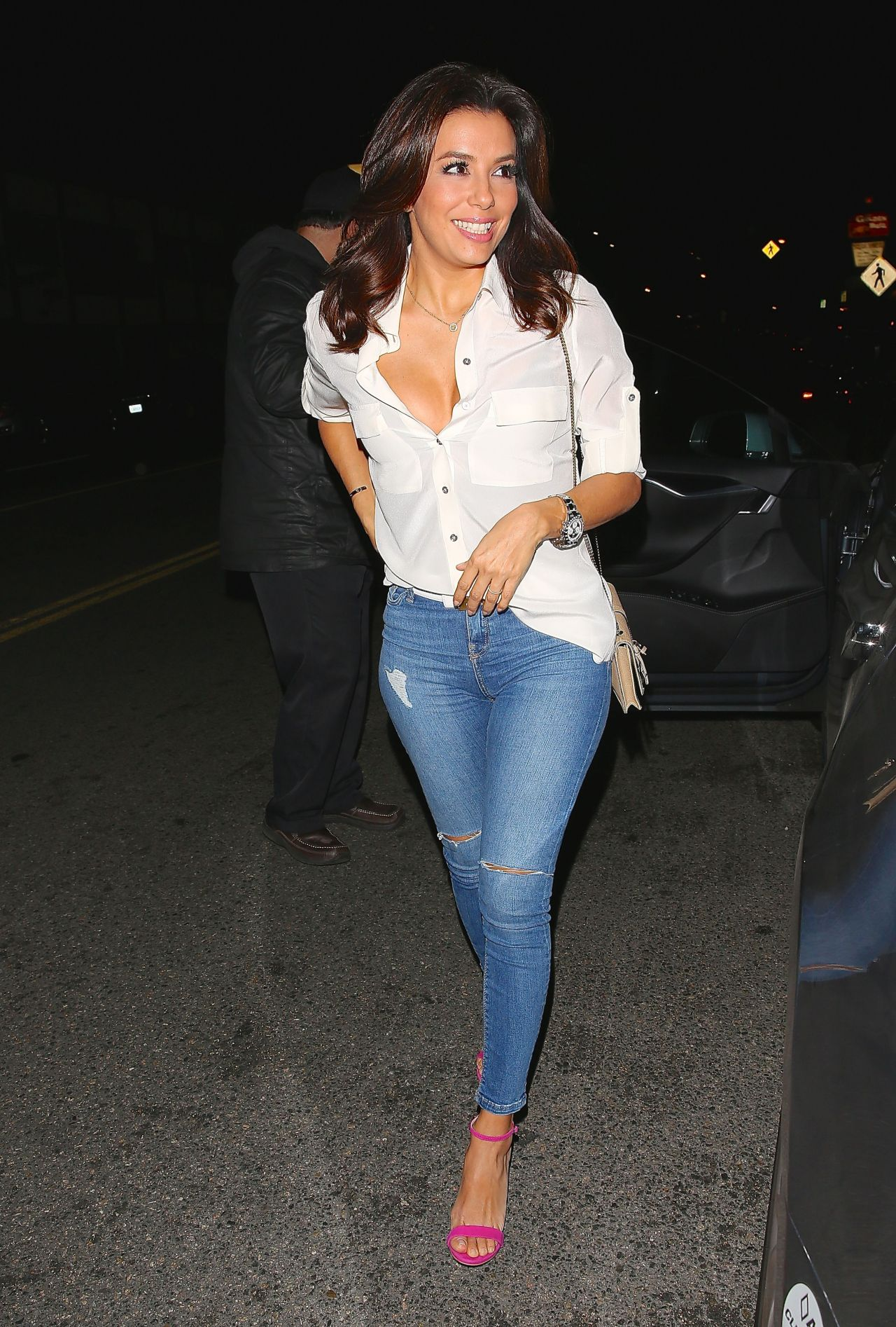 Eva Longoria In Ripped Jeans Out For Dinner At Giorgio