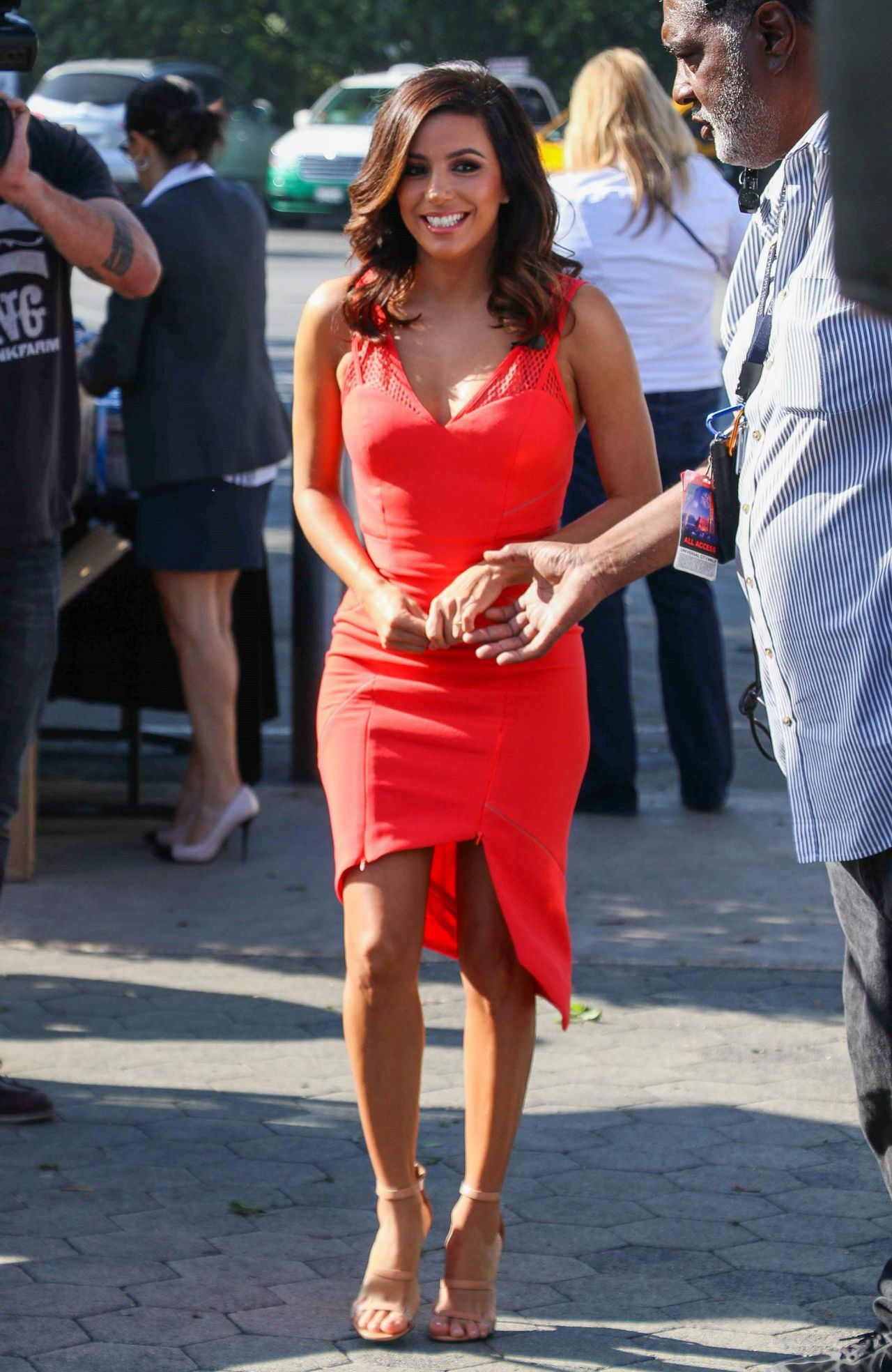 Eva Longoria On The Set Of 39 Extra 39 In Los Angeles February 2015
