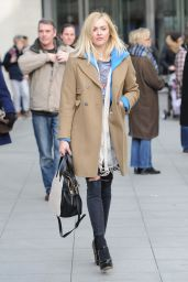 Fearne Cotton Street Style - Out in London, February 2015