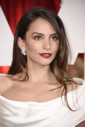 Genesis Rodriguez – 2015 Oscars Red Carpet in Hollywood