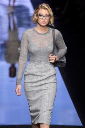 Gigi Hadid - Max Mara Fashion Show in Milan, Feb. 2015
